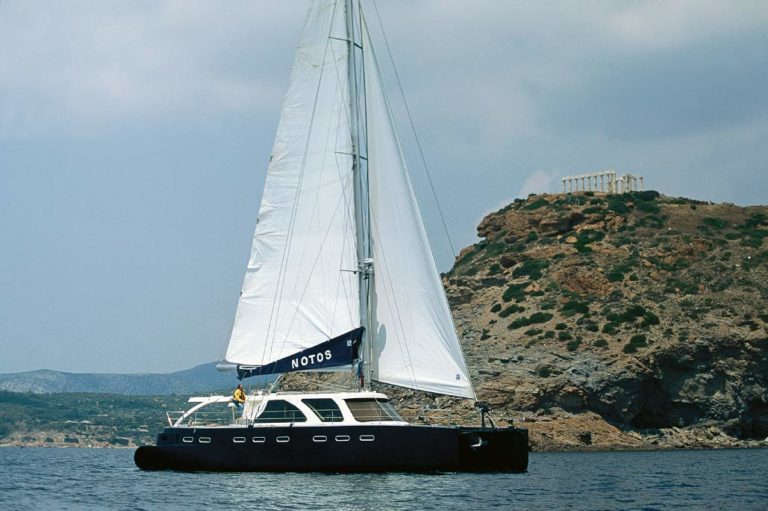 Σχεδιασμός Catamaran πριν την ναυπήγηση, έργο της K.DIAKOSMOS-15