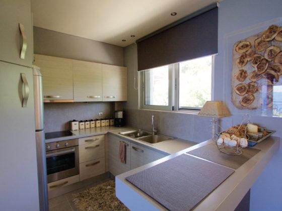 Ανακαίνιση κουζίνας από την kdiakosmos -1