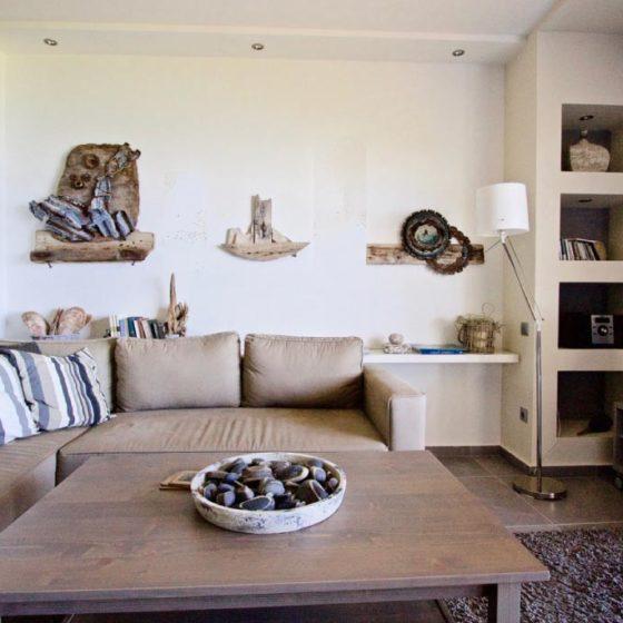 Σχεδιασμός και διακόσμηση airbnb στον Κάλαμο, έργο της K.DIAKOSMOS-1