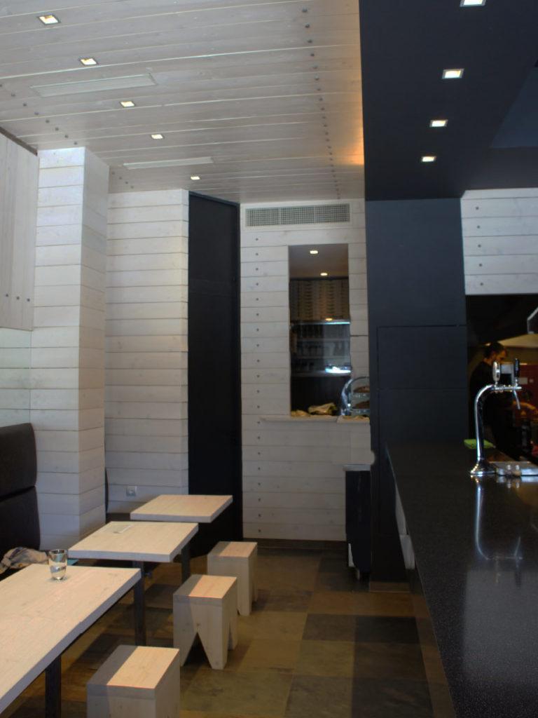 Σχεδιασμός και διακόσμηση cafe bar στο Χαλάνδρι έργο της K.DIAKOSMOS-2